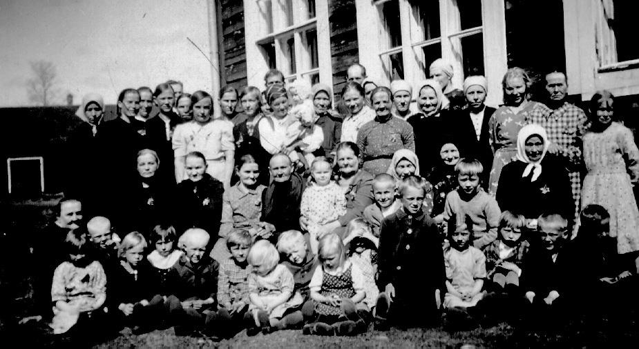 Äitienpäivä 1950-luvulla Kolkun koululla