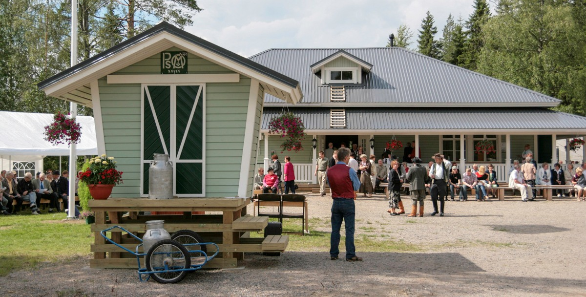 Kyläjuhla Kylätalolla 19.7.2008