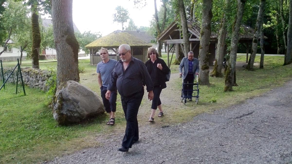 Kolkkulaiset Virossa Saarenmaalla